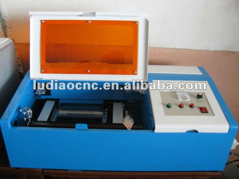 Macchina laser per timbri