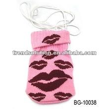 trendy lip pattern knit mobile phone case
