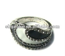 new design alloy finger ring 2012 / Hot Sale Alloy Finger Ring with Full Clear Crystal