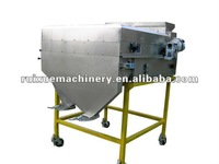 magnetic separator for grain cleaning