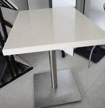 tavolo di marmo quadrato in acciaio inox base