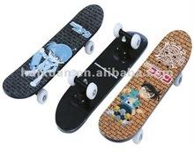 2012 Fashion cartoon plastic skateboard trucks alibab express