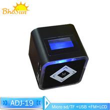 Portable Mini Speaker for iPod, MP3, iPad, Mobile Phone speaker --adj19