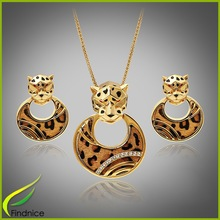 24 Karat Gold Jewelry Necklace
