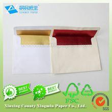 White gummed envelope and pull & seal envelope