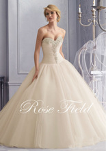 Dress Style Crystal Beaded Embroidery on Tulle Wedding Gown SF16