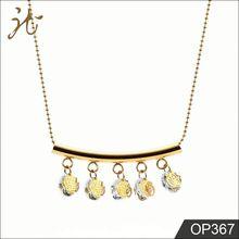 Eco Friendly Material Luxurious Diamond Necklac