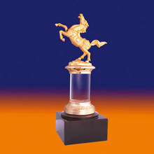 Factory supply gold plated finish trophy resin horse