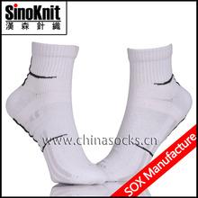 Thin For Sports 100% Cotton Sport Socks For Men Wholesale Socks