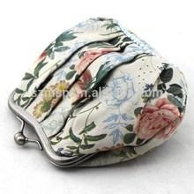 Girls classic silk metal clip closurer clutch bag