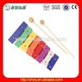 Início da música instrumento de percussão, musical brinquedo de madeira de piano