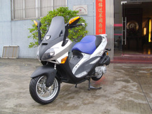 150cc/200cc gas scooter