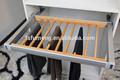 armario suave cerca de madera estante de los pantalones