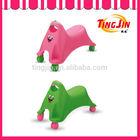 TJ-611 4 wheels plastic ride on toy car, baby swing car, ride on car