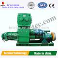 bloco do motor diesel e tijolo que faz a máquina