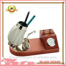 Fashion nurse pen holder with clock,calendar pen holder,memo cube with pen holder