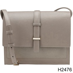 H2476 Looking Sheep Leather Hand Bags