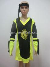 Amarelo adolescente do menino carnaval cosplay traje samurai