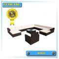 meubles en rotin extérieur / mobilier pour dormir en plein air