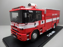 2015 hot 1:32 polyresin fire truck model with RC function for light and sound