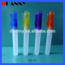 Différentes tailles en plastique coloré parfum bouteille, Corps forme bouteille de parfum