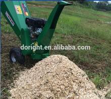 Europe standard CE EPA approved industry mobile hydraulic professional self feeding twigs log shredder machine