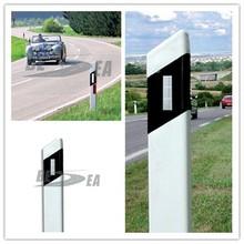Ali baba com White & Red PVC Plastic Flexible Triangle Guide Post Road