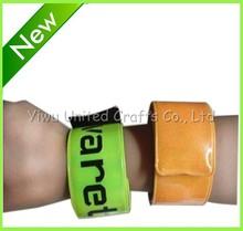 Hot promotion!! EN13356 cheap PVC reflective slap band/ reflection snap band/slap barcelet