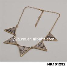 Free design Logo jewelry metal plates for women