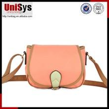 Factory Price OEM Elegant artful combination with bright colour hanle wholesale ladies handbag