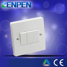Factory provide british standard hot selling 1 gang 3 way switch