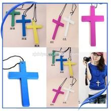 New fashion colorful small wood crucifix