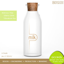 Stylish 2014 Glass Wine / Milk / Fruit Glass Bottle