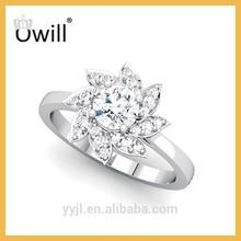 Luxury Diamond Flower Engagement Ring For Women 18K White Gold Ring Fine Jewelry White Luxury Promise Ring