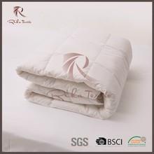 hotel polyester filling quilt microfiber quilt plain quilt