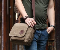 High quality casual vintage mens tarpaulin waxed canvas messenger bag for teens