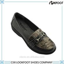 Cixi oem manufacturer plus size women wholesale shoes