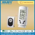 reloj inalámbrico de temperatura ambiental con montaje en soporte de mesa o pared con temperatura interior y exterior.