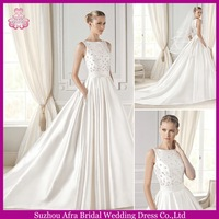 SD066 fashion high round neck new design bridal dress cheap crystal beaded wedding dress