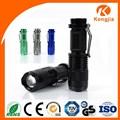 De alta potência recarregável Mini melhor Led Zoom lanterna tocha