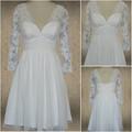 Una línea de la rodilla longitud/mini v- cuello de manga larga y cordón de gasa vestido de novia con faja- ibc41372
