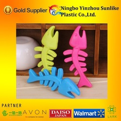 fish typed pet dog Teethers/pet products/plastic bone toy