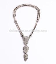 DELLA Jewelry CASABLANCA PENDANT NECKLACE