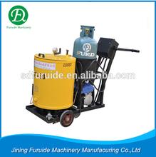 China factory asphalt crack repair machine with honda engine