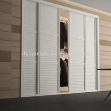 Europe Style Bedroom Elegant Sliding Wardrobe Door - Classical V2552