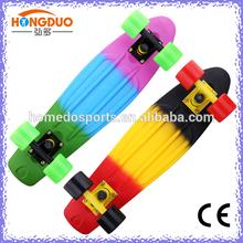retro plastic cruiser skateboard