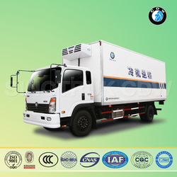SINOTRUK CDW food/milk/beverage/fruit refrigerator truck with standby electric power system