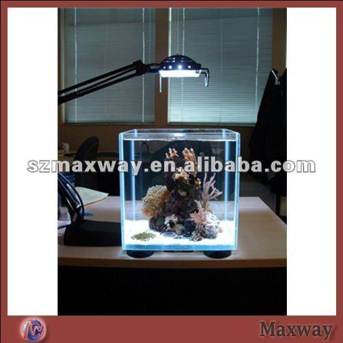 أصغر الاكريليك منضدية الإضاءة أسماك الزينة