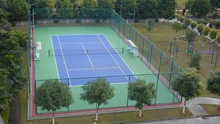 Tennis court chain link fence netting