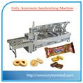 relleno de chocolate galletas sandwich de la máquina